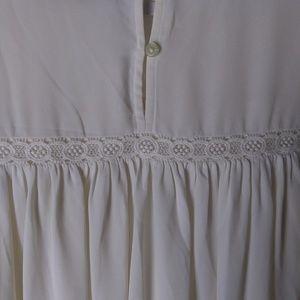 LOFT Tops - LOFT Ann Taylor eyelet lace bell sleeved top XL